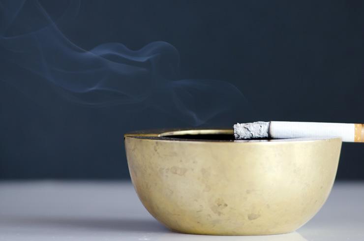 受動喫煙対策を強化する健康増進法改正案で居酒屋・飲食店への影響・対策は?